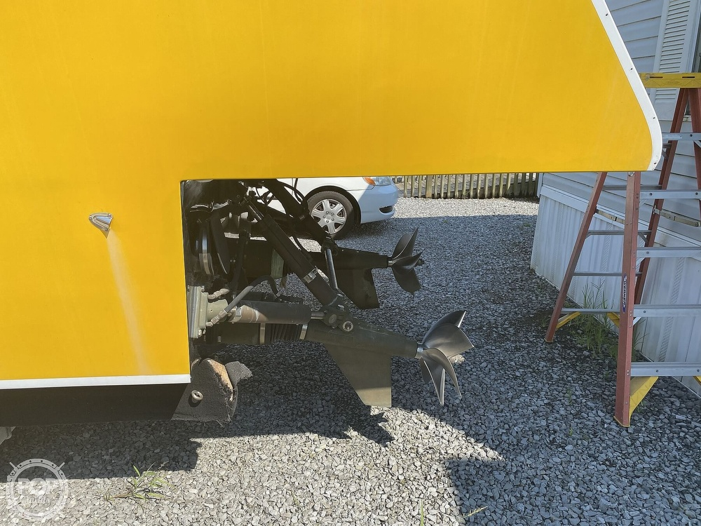 2003 Team Persuasion boat for sale, model of the boat is 45CCF & Image # 11 of 40