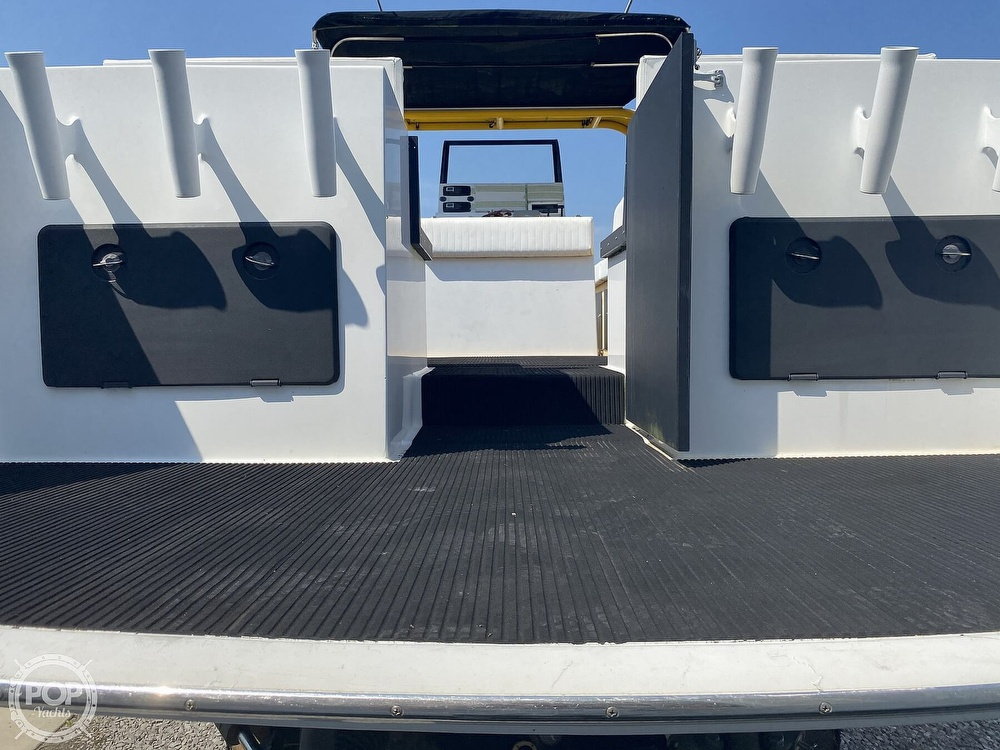 2003 Team Persuasion boat for sale, model of the boat is 45CCF & Image # 38 of 40