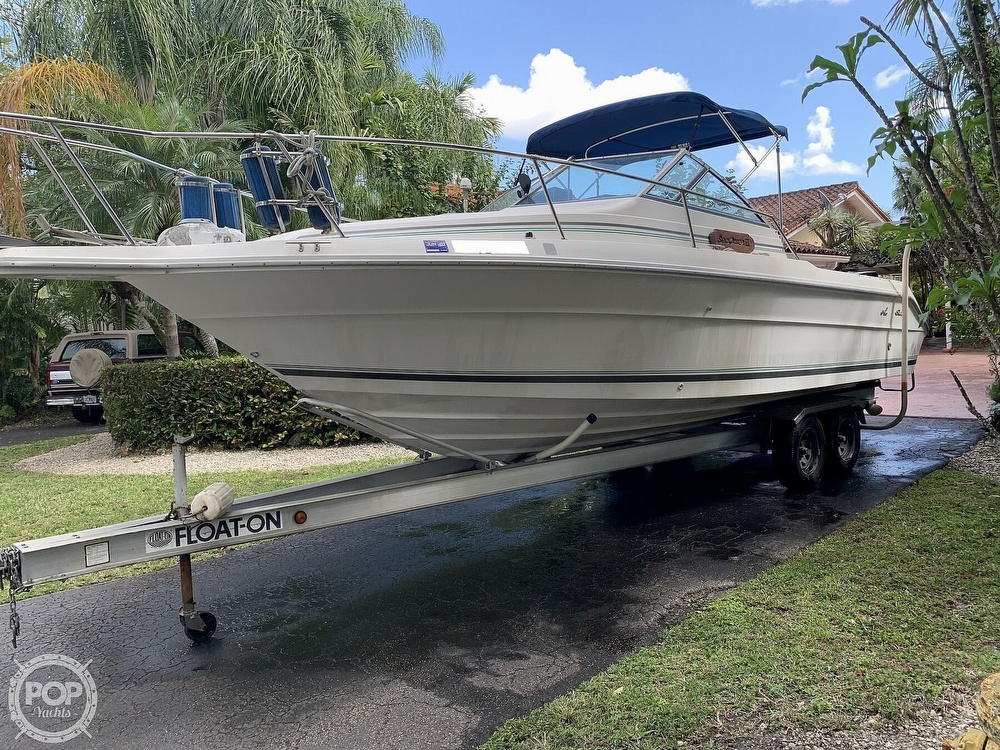 1990 Sea Ray boat for sale, model of the boat is Laguna 24 Flush Deck Cuddy & Image # 8 of 40