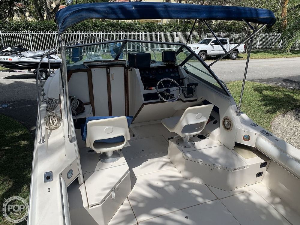 1990 Sea Ray boat for sale, model of the boat is Laguna 24 Flush Deck Cuddy & Image # 2 of 40