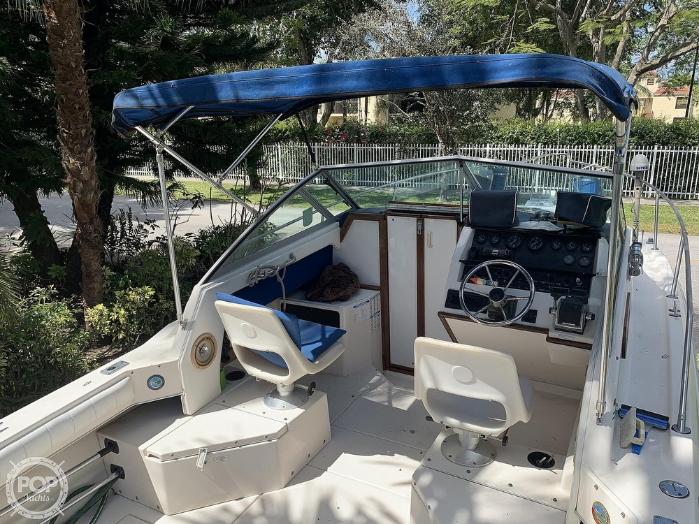 1990 Sea Ray boat for sale, model of the boat is Laguna 24 Flush Deck Cuddy & Image # 25 of 40