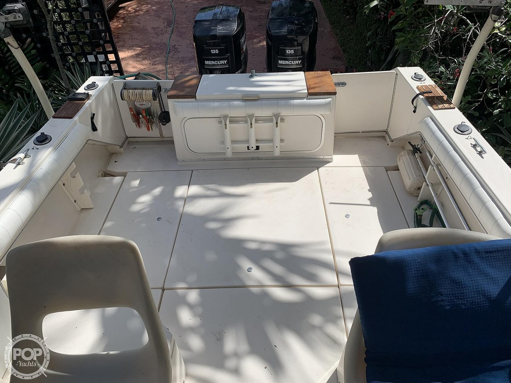 1990 Sea Ray boat for sale, model of the boat is Laguna 24 Flush Deck Cuddy & Image # 26 of 40