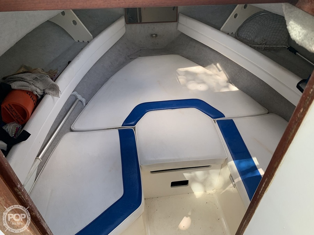 1990 Sea Ray boat for sale, model of the boat is Laguna 24 Flush Deck Cuddy & Image # 3 of 40