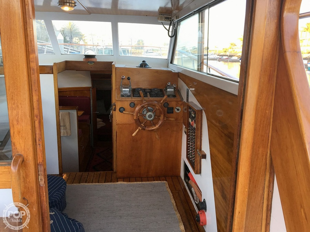 1960 Tollycraft boat for sale, model of the boat is 36 & Image # 25 of 40