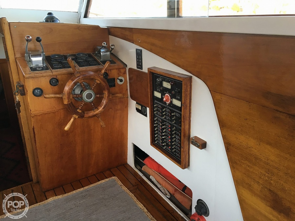1960 Tollycraft boat for sale, model of the boat is 36 & Image # 29 of 40