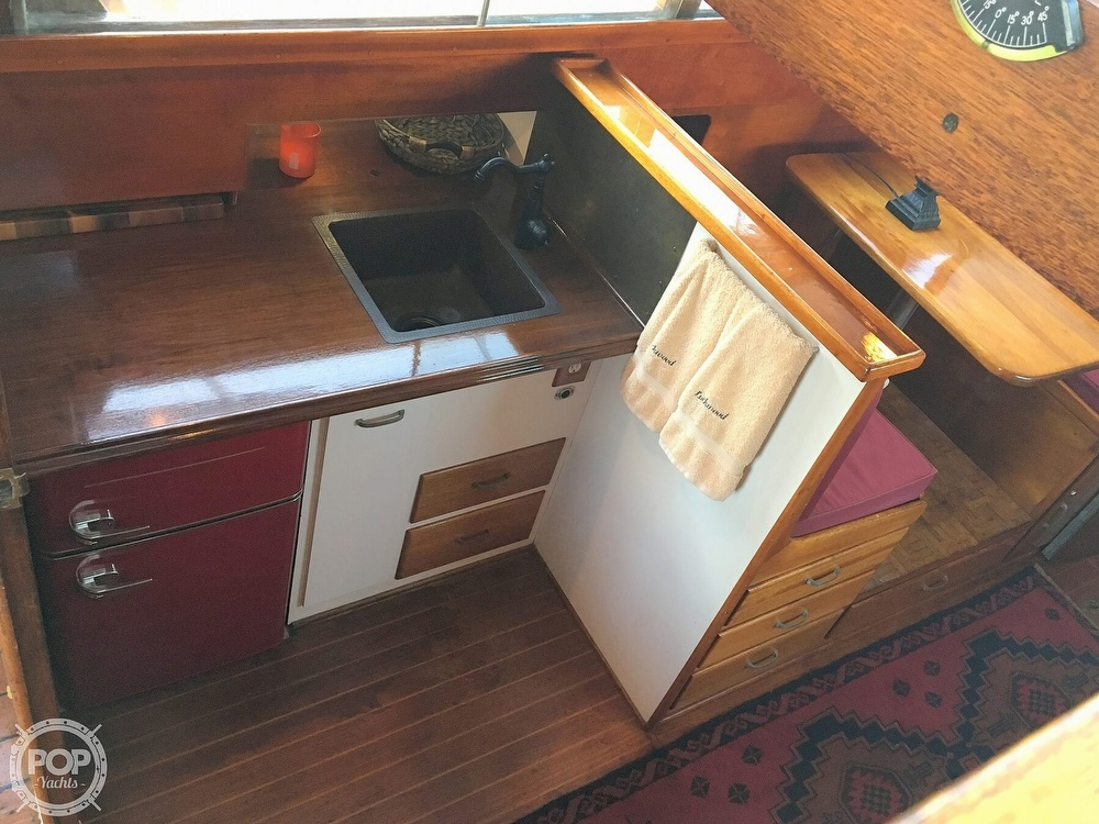 1960 Tollycraft boat for sale, model of the boat is 36 & Image # 30 of 40