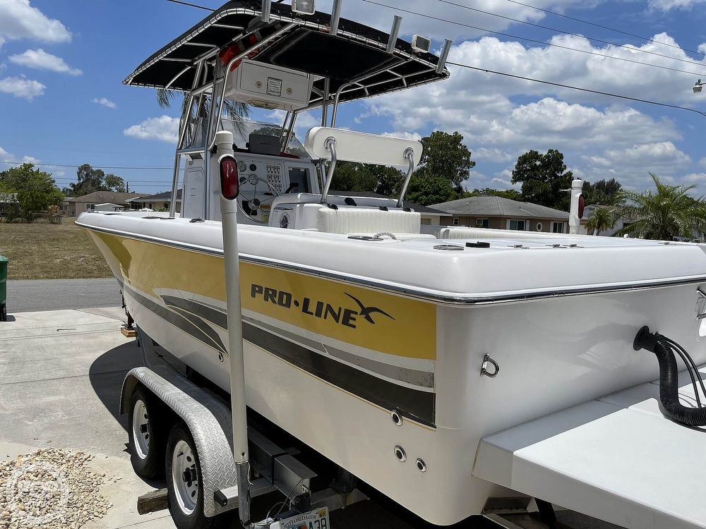 2002 Pro-Line boat for sale, model of the boat is 25 Sport & Image # 9 of 40