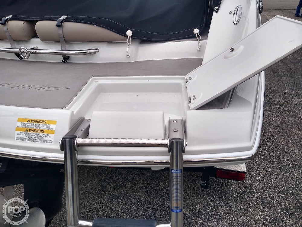 2015 Crownline boat for sale, model of the boat is E2 & Image # 20 of 40