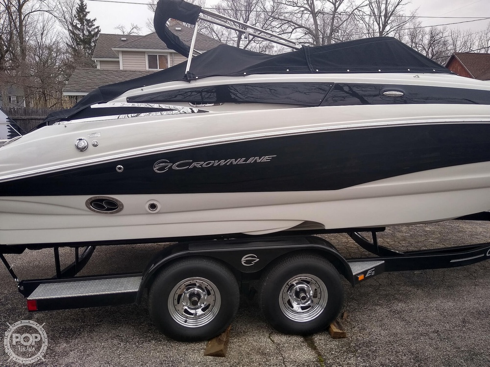 2015 Crownline boat for sale, model of the boat is E2 & Image # 34 of 40