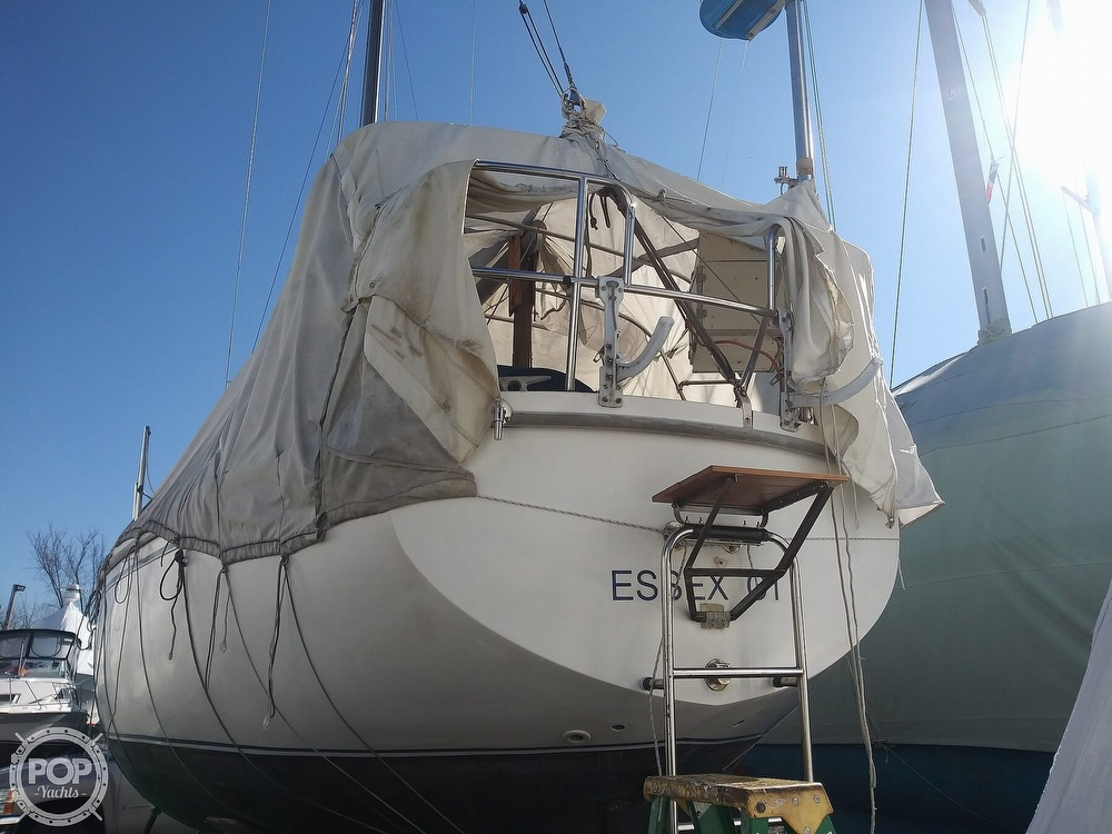 1982 Catalina Yachts boat for sale, model of the boat is C-30 with Westerbeke 26 HP & Image # 22 of 40