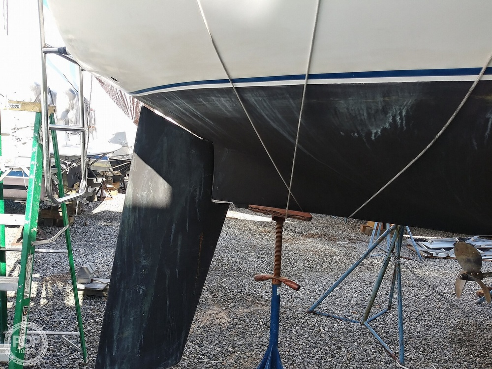 1982 Catalina Yachts boat for sale, model of the boat is C-30 with Westerbeke 26 HP & Image # 25 of 40