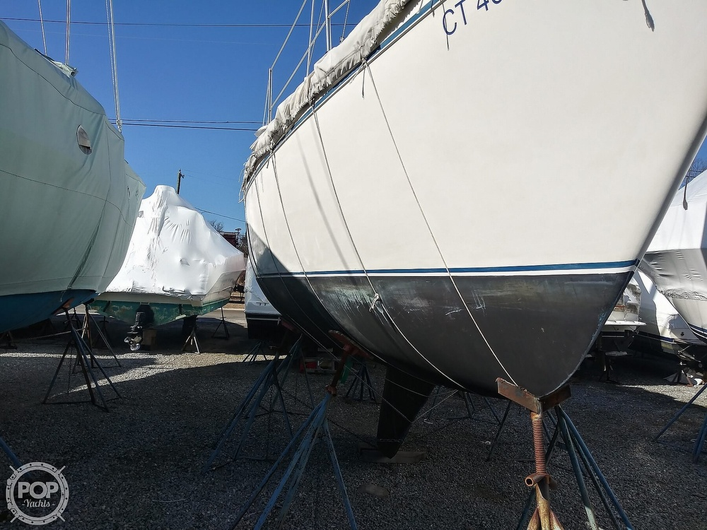 1982 Catalina Yachts boat for sale, model of the boat is C-30 with Westerbeke 26 HP & Image # 27 of 40