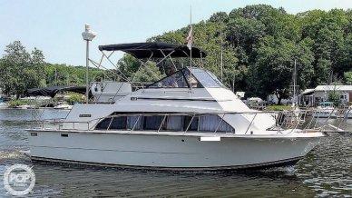 1984 Carver 33 Mariner - #1
