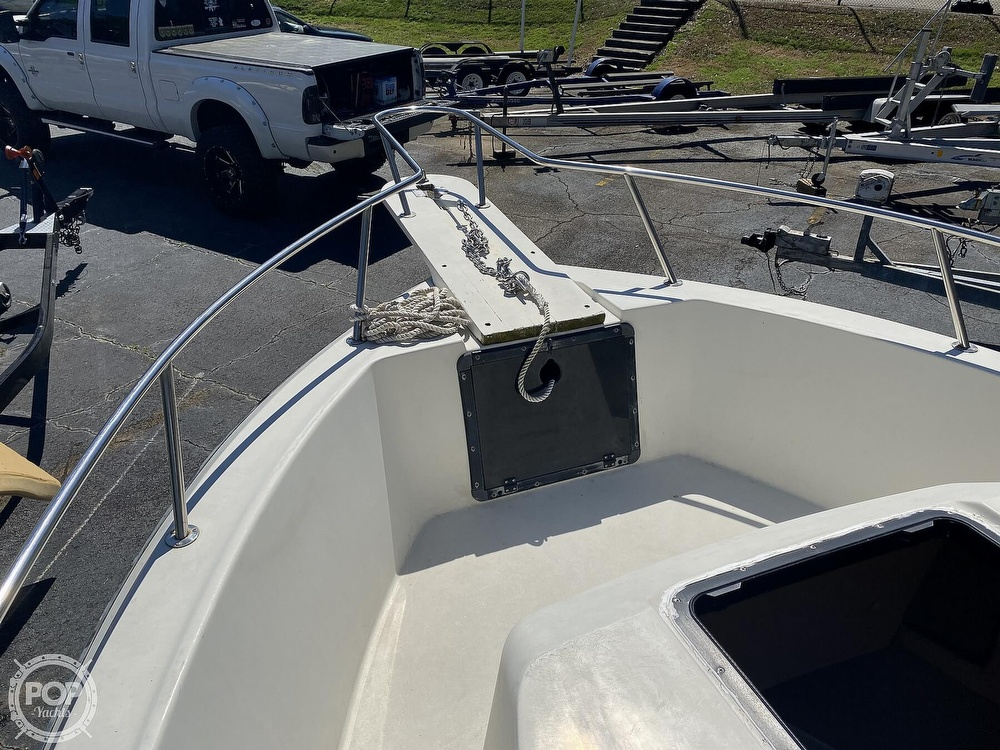 1989 Pro-Line boat for sale, model of the boat is 230 & Image # 19 of 40