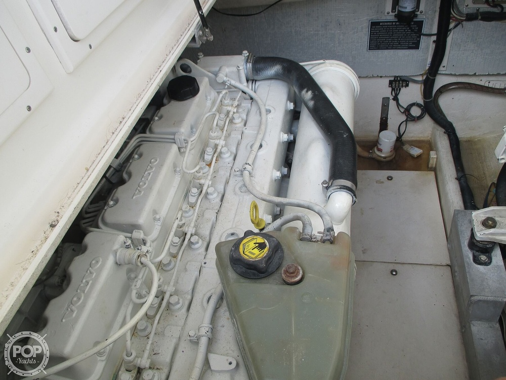 1999 Henriques boat for sale, model of the boat is 28 SportFisher & Image # 9 of 40
