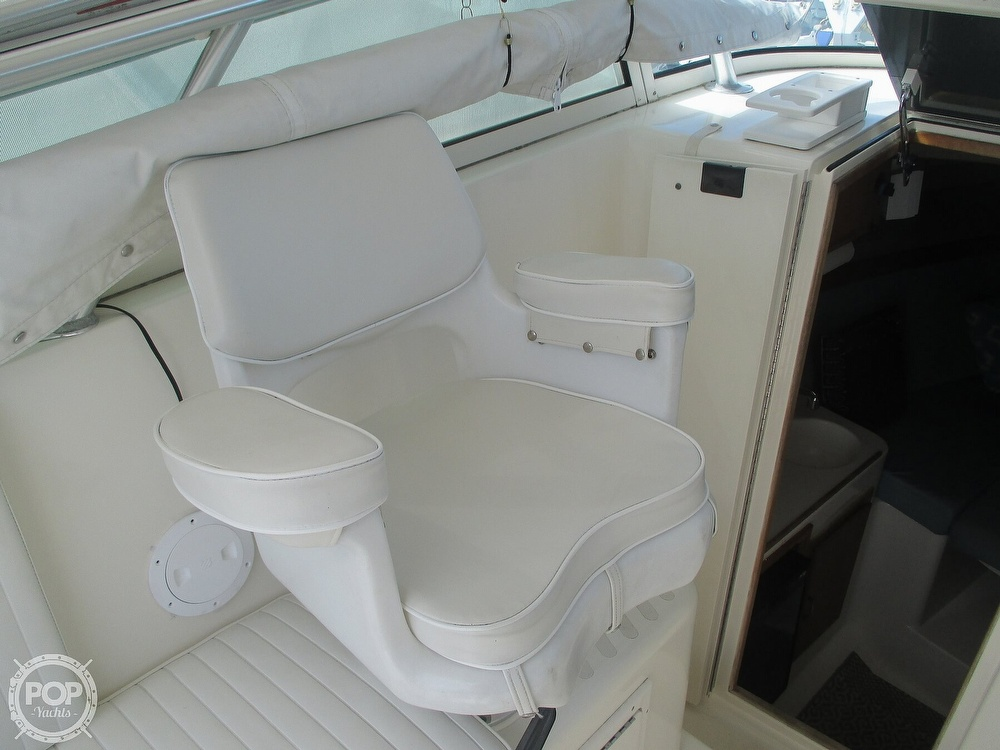 1999 Henriques boat for sale, model of the boat is 28 SportFisher & Image # 29 of 40