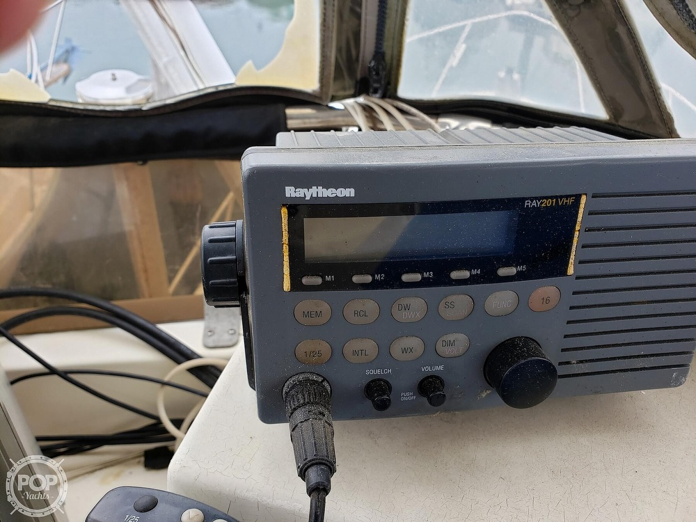 1986 Harris boat for sale, model of the boat is 36 Sportfish & Image # 2 of 40