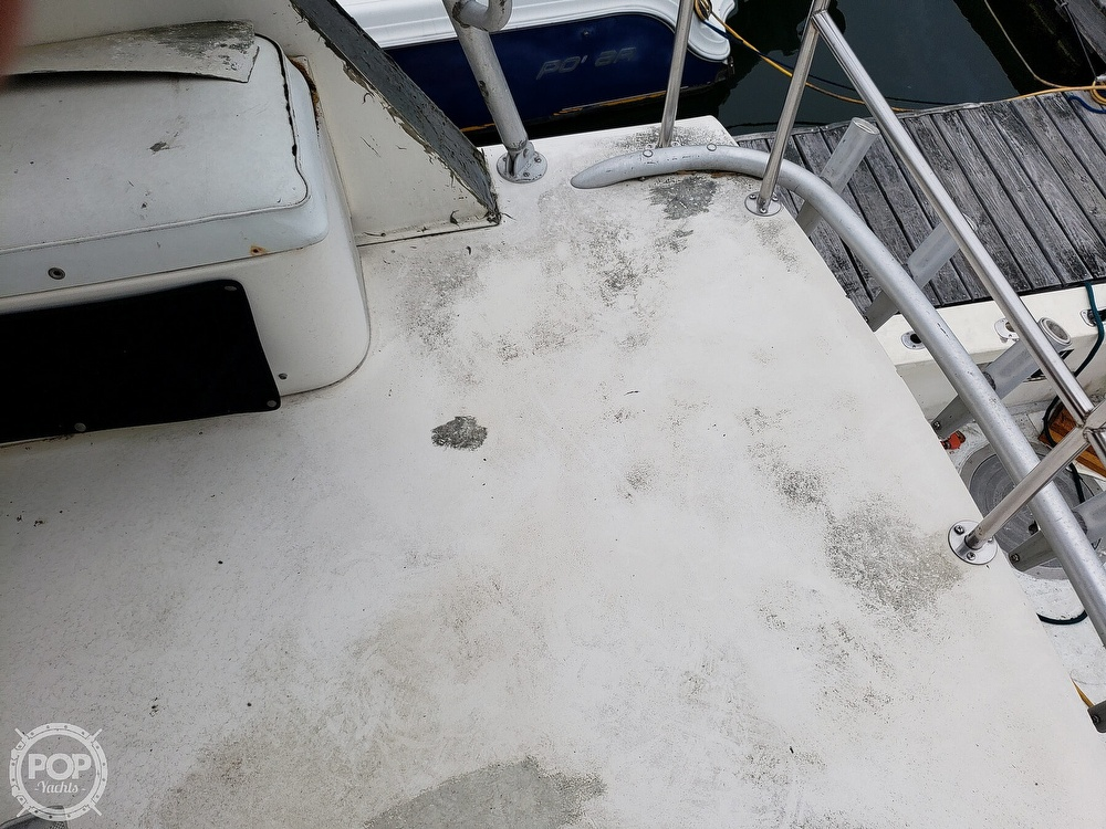 1986 Harris boat for sale, model of the boat is 36 Sportfish & Image # 9 of 40
