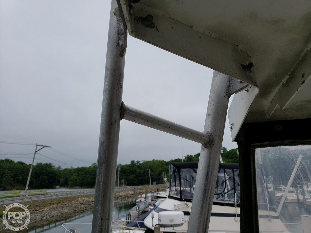 1986 Harris boat for sale, model of the boat is 36 Sportfish & Image # 14 of 40