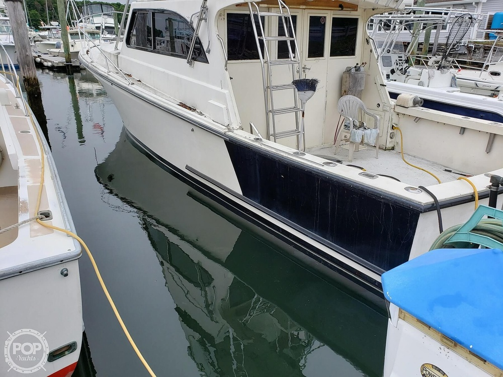 1986 Harris boat for sale, model of the boat is 36 Sportfish & Image # 19 of 40