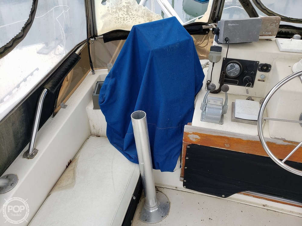 1986 Harris boat for sale, model of the boat is 36 Sportfish & Image # 21 of 40