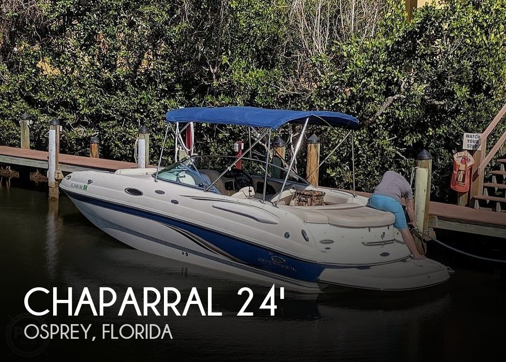 Used Chaparral Deck Boats For Sale in Florida by owner | 2005 Chaparral 236 Sunesta