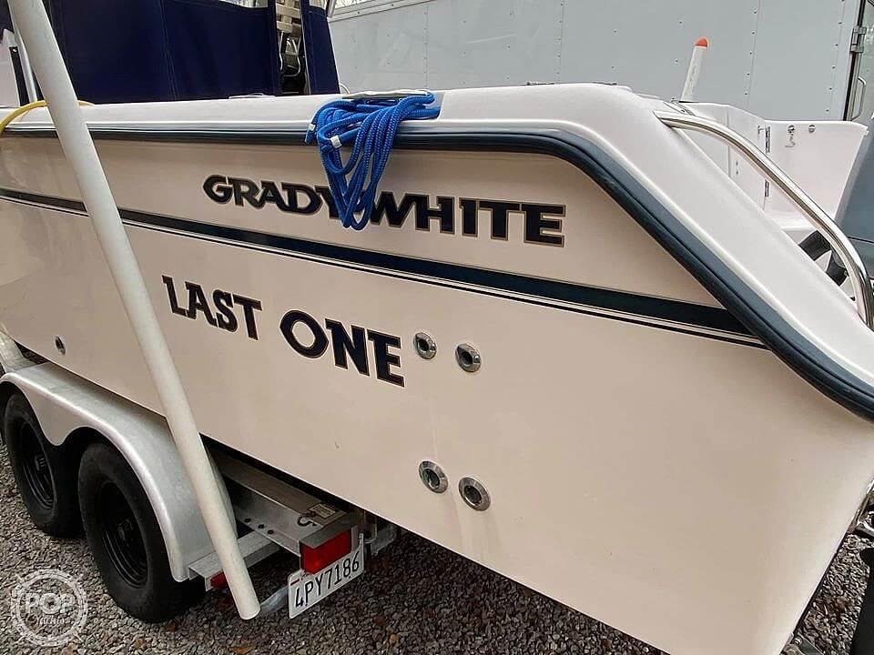 2003 Grady-White Islander 270 - image 2