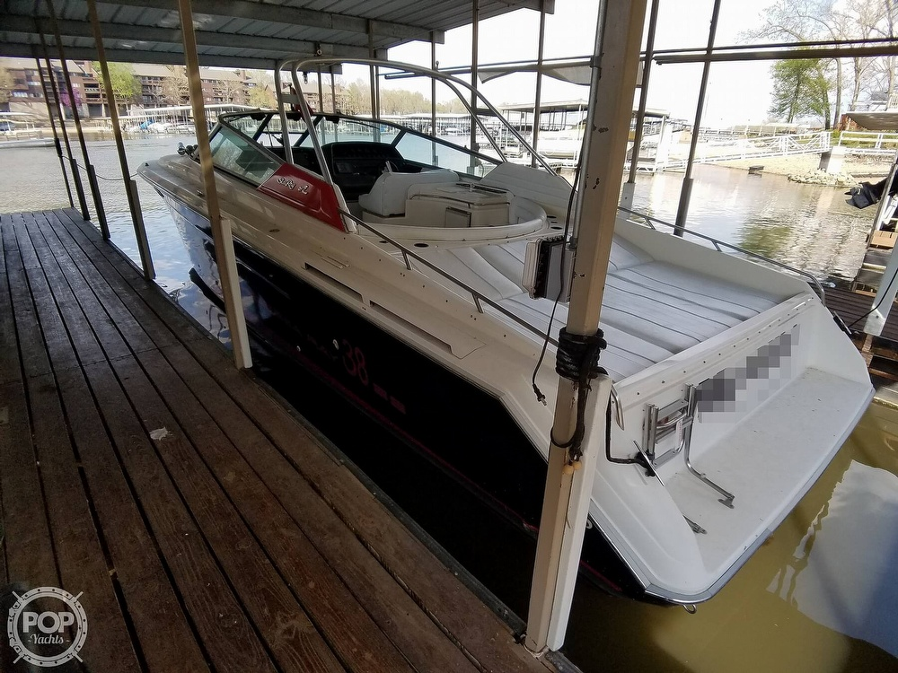 1990 Sea Ray boat for sale, model of the boat is 370 Sun Sport & Image # 2 of 40