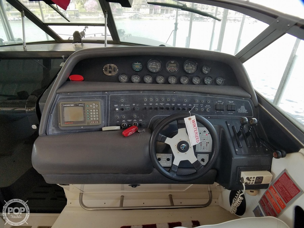 1990 Sea Ray boat for sale, model of the boat is 370 Sun Sport & Image # 10 of 40