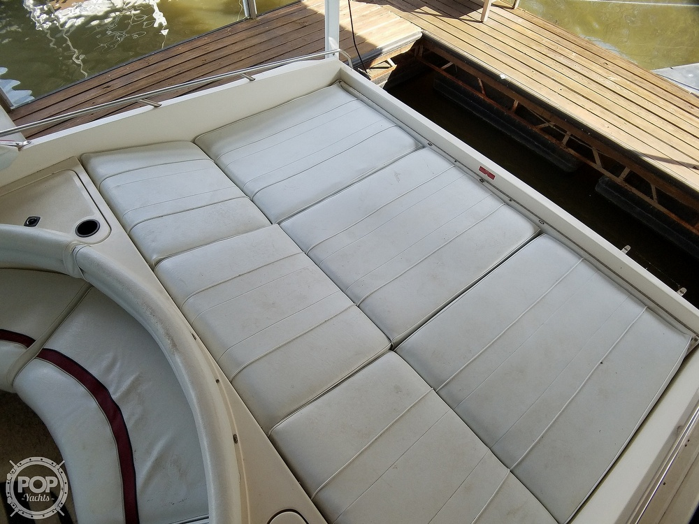 1990 Sea Ray boat for sale, model of the boat is 370 Sun Sport & Image # 16 of 40