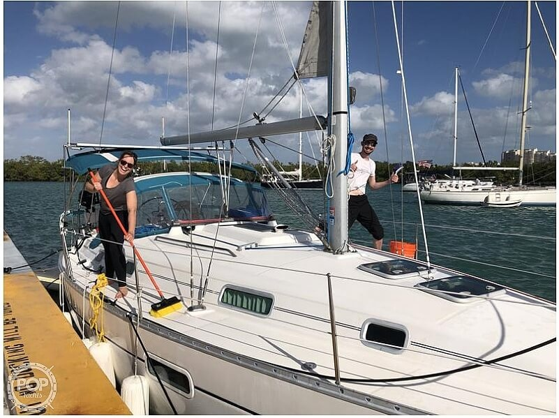 2004 Beneteau boat for sale, model of the boat is 361 & Image # 12 of 40