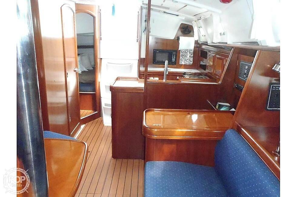 2004 Beneteau boat for sale, model of the boat is 361 & Image # 16 of 40