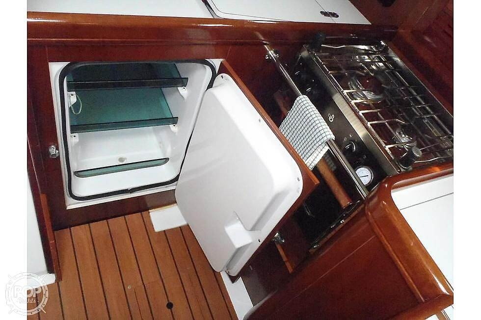 2004 Beneteau boat for sale, model of the boat is 361 & Image # 17 of 40