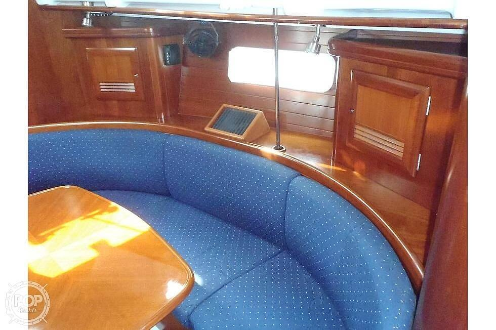 2004 Beneteau boat for sale, model of the boat is 361 & Image # 19 of 40