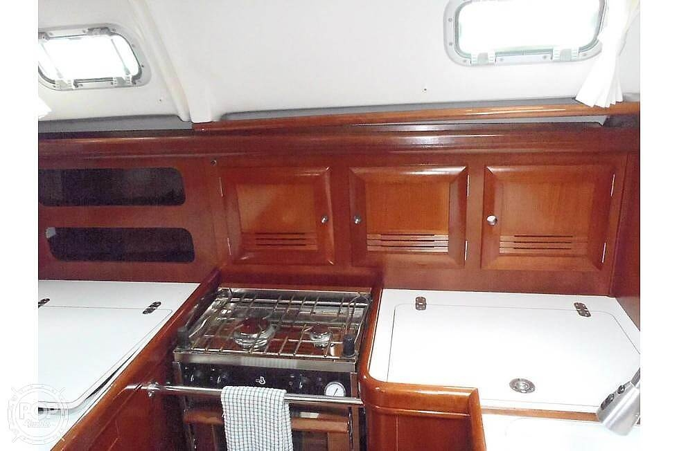 2004 Beneteau boat for sale, model of the boat is 361 & Image # 30 of 40