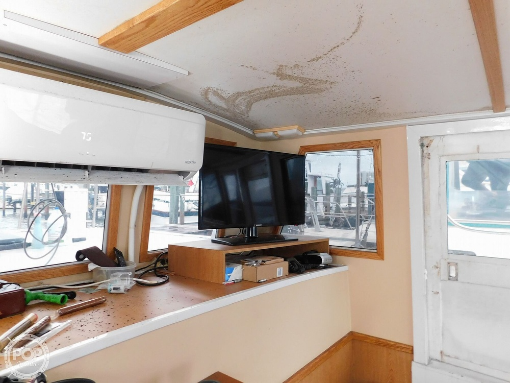 1976 Gulfstar boat for sale, model of the boat is 43 Mark II & Image # 10 of 40