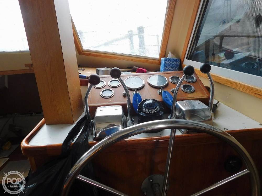 1976 Gulfstar boat for sale, model of the boat is 43 Mark II & Image # 28 of 40