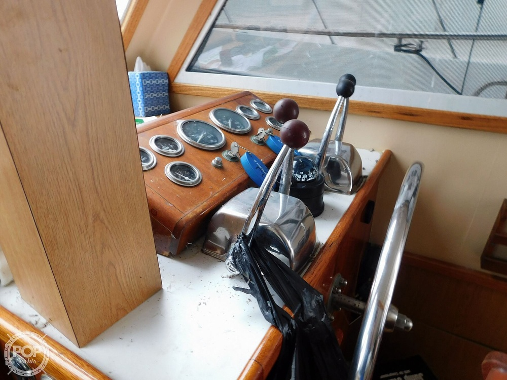 1976 Gulfstar boat for sale, model of the boat is 43 Mark II & Image # 33 of 40