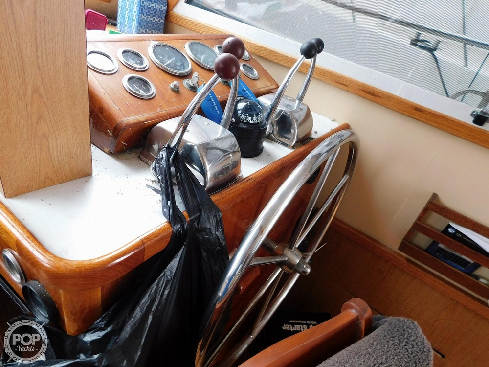1976 Gulfstar boat for sale, model of the boat is 43 Mark II & Image # 3 of 40