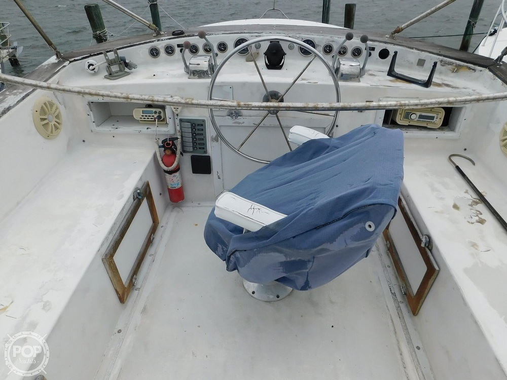 1976 Gulfstar boat for sale, model of the boat is 43 Mark II & Image # 37 of 40