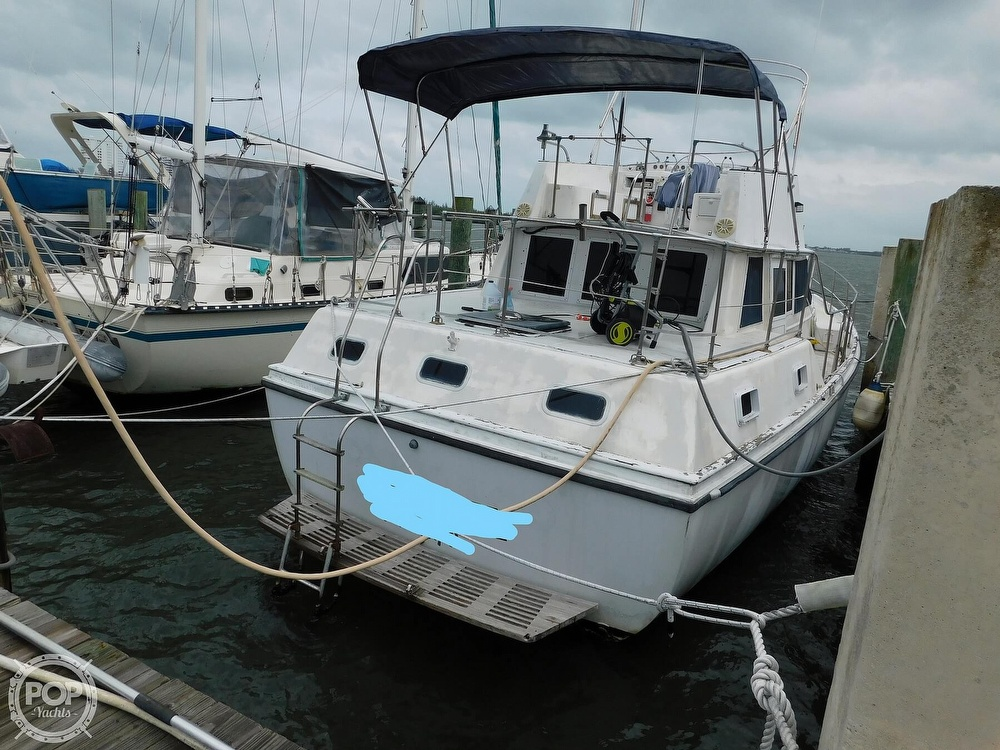 1976 Gulfstar boat for sale, model of the boat is 43 Mark II & Image # 8 of 40