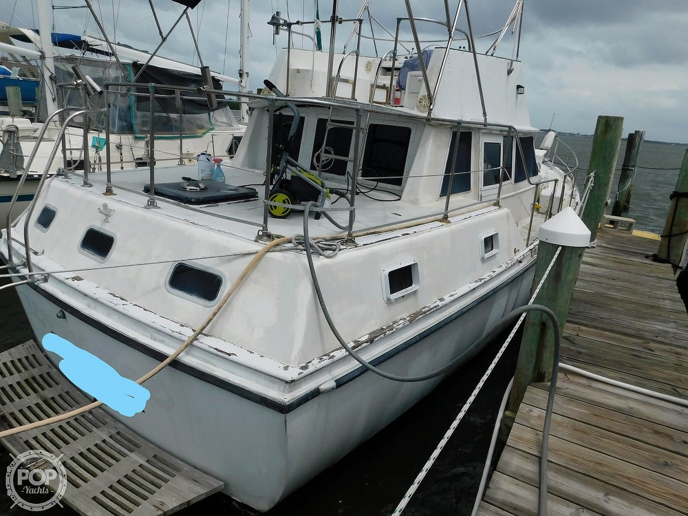 1976 Gulfstar boat for sale, model of the boat is 43 Mark II & Image # 6 of 40