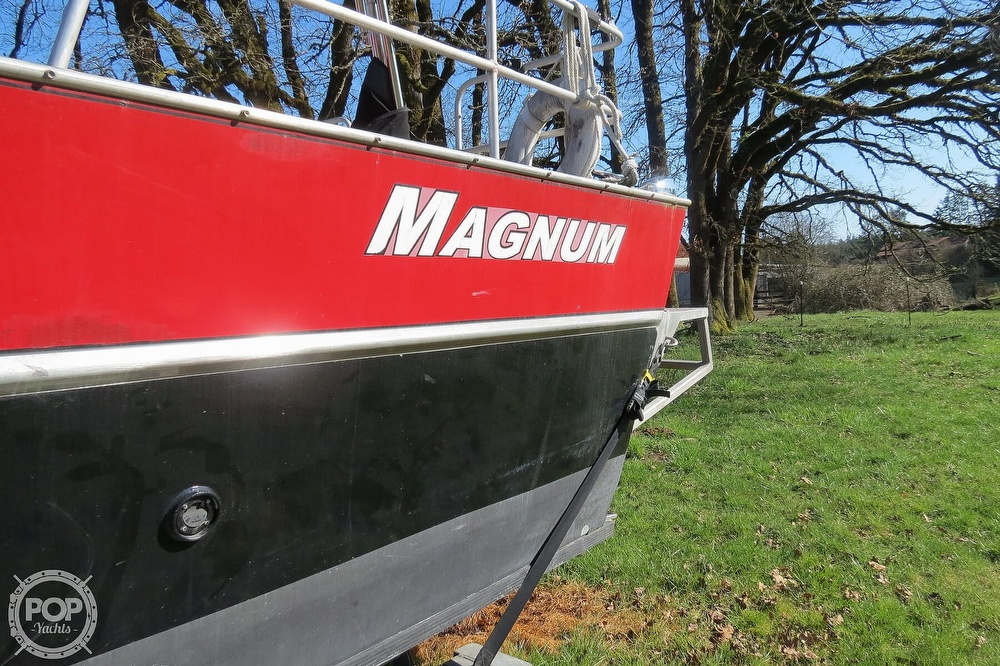 2005 Magnum Marine boat for sale, model of the boat is 28 & Image # 10 of 40