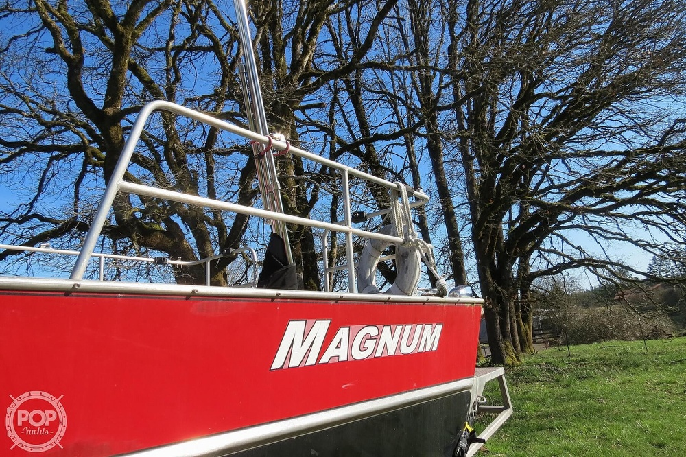 2005 Magnum Marine boat for sale, model of the boat is 28 & Image # 11 of 40