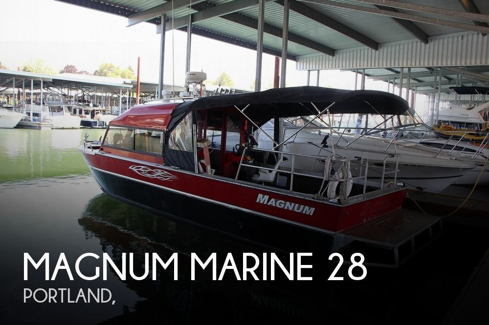 2005 Magnum Marine boat for sale, model of the boat is 28 & Image # 1 of 40