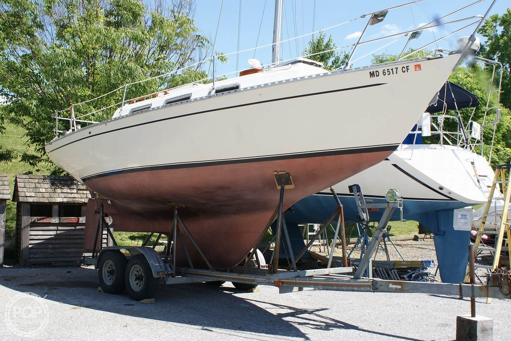 1976 Columbia boat for sale, model of the boat is 8.7 Meter & Image # 3 of 40