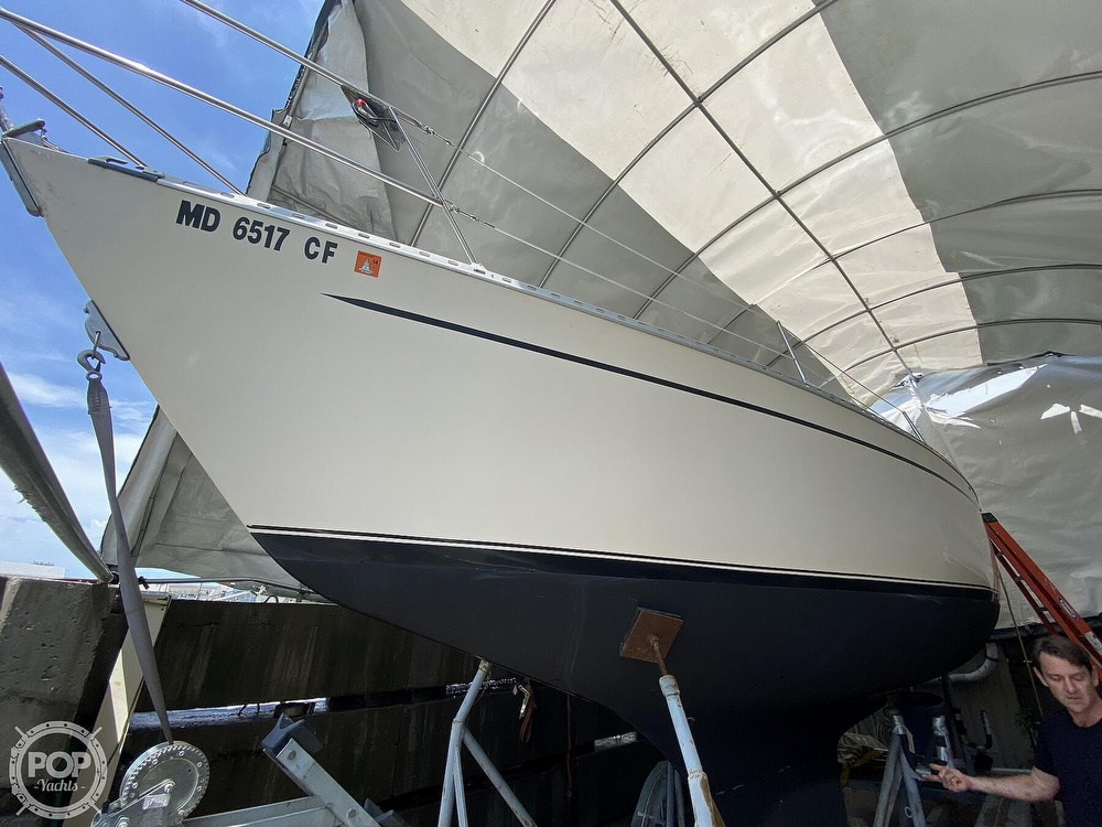 1976 Columbia boat for sale, model of the boat is 8.7 Meter & Image # 17 of 40