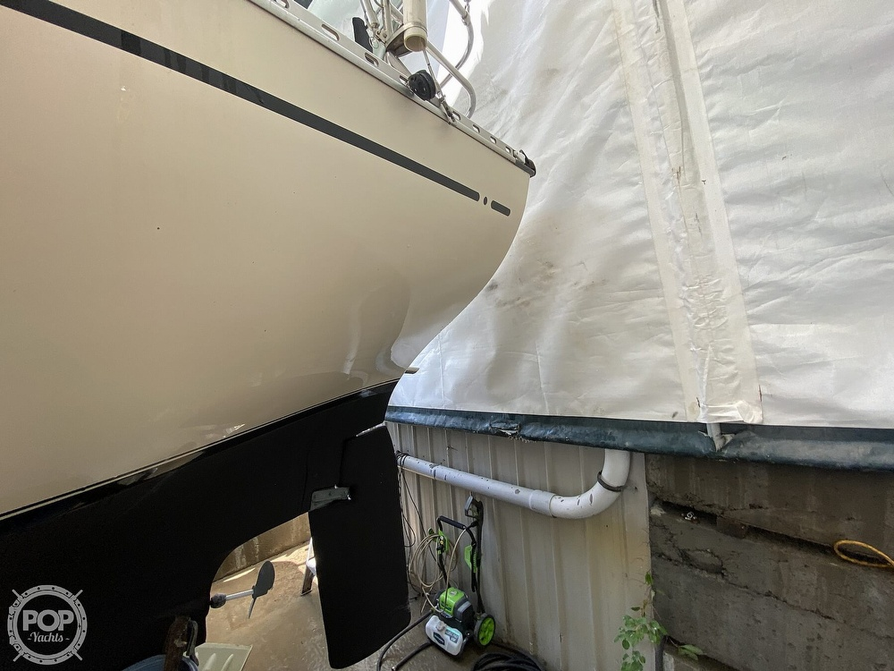 1976 Columbia boat for sale, model of the boat is 8.7 Meter & Image # 18 of 40
