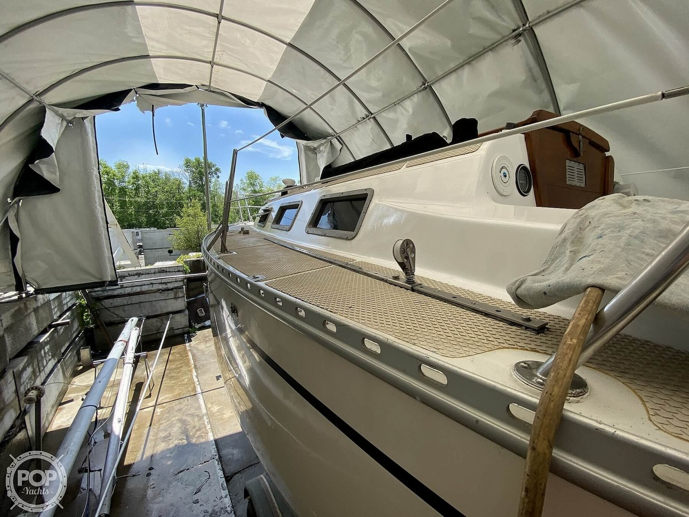 1976 Columbia boat for sale, model of the boat is 8.7 Meter & Image # 20 of 40
