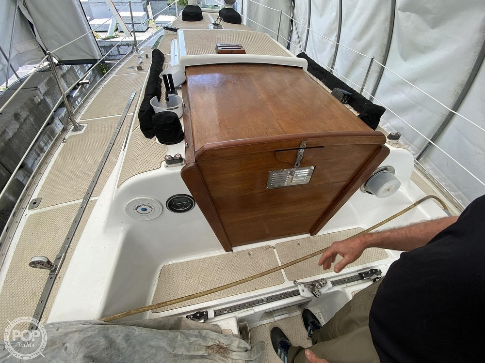 1976 Columbia boat for sale, model of the boat is 8.7 Meter & Image # 24 of 40